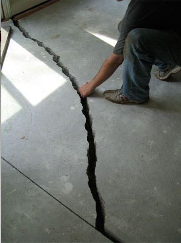 Sinking Settling Foundation Repair In Green Bay Appleton Oshkosh - Cracked tile foundation problem